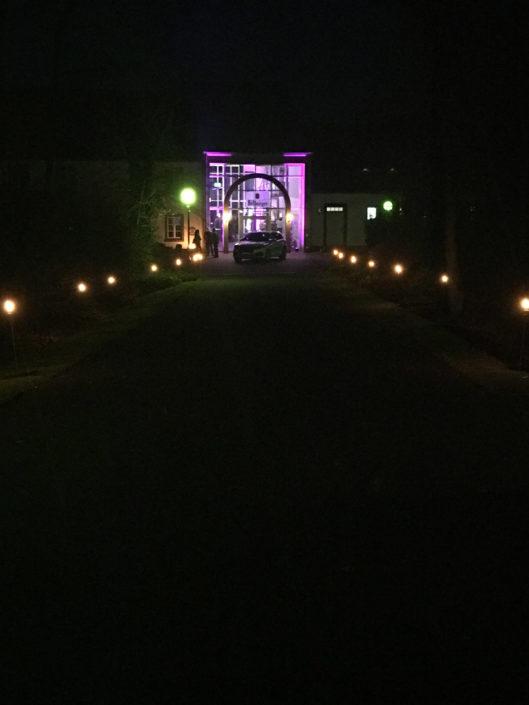 In diesem außergewöhnlichen Ambiente finden Sie einen ganz besonderen Ort für Events, Hochzeiten, Feiern, Tagungen und Veranstaltungen aller Art. Hierzu bieten wir Ihnen eine individuelle Betreuung vom ersten Kontakt bis zur Abschluss-Besprechung.